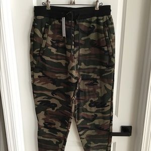 Galaxy by Harvic Mens Camouflage Joggers - Sz XL